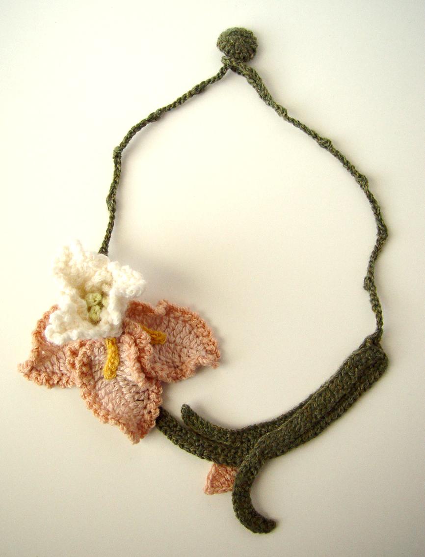 Crochet Iris Necklace Peach By Meekssandygirl On Deviantart