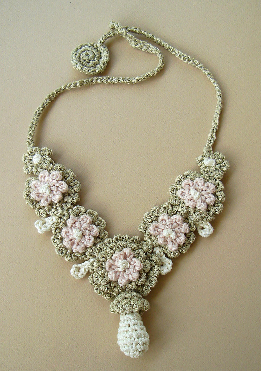 Crochet Silk Wedding Necklace by meekssandygirl