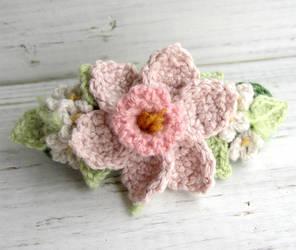 Crochet Hair Barrette Pink Daffodil