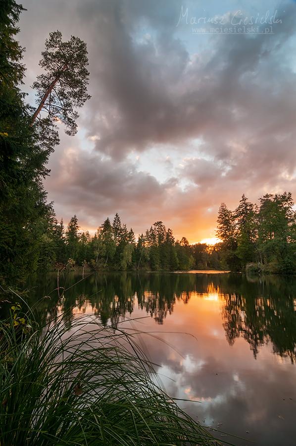 Land of a Thousand Lakes IV by Buszujacy-w-zbozu