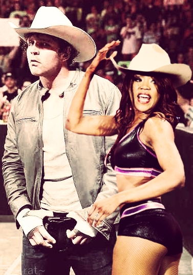 Alicia Fox And Dean Ambrose Dean Ambrose and Alicia Fox 4