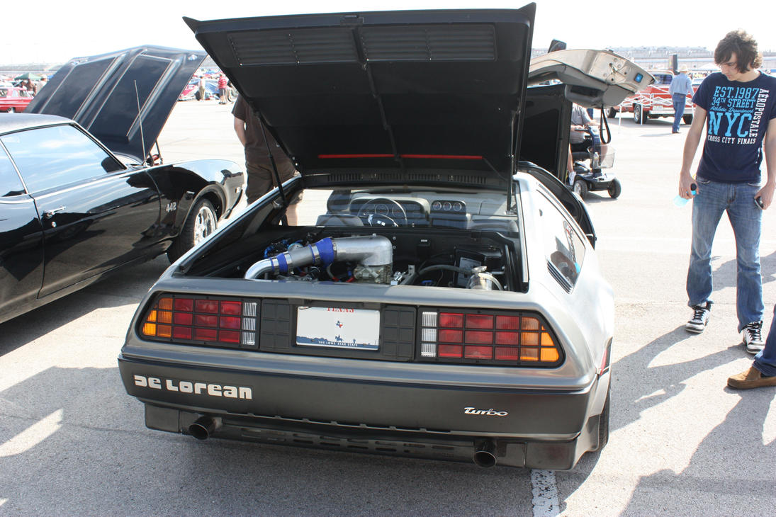 DeLorean DMC-12 Rear by