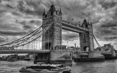 Tower Bridge by Magic-diamond