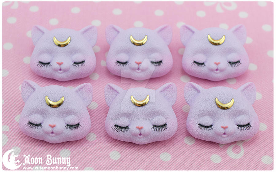 Dreamy moon cat Brooch by CuteMoonbunny