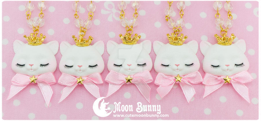 Princess kitty Necklace by CuteMoonbunny