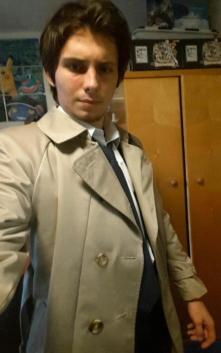 Castiel trench coat still fits! by TheNaitsyrk