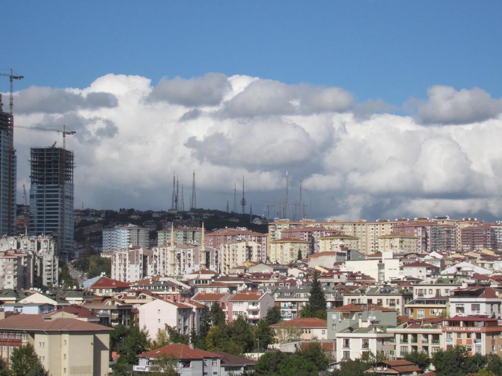 Istanbul - Camlica Tepesi by Mottcalem