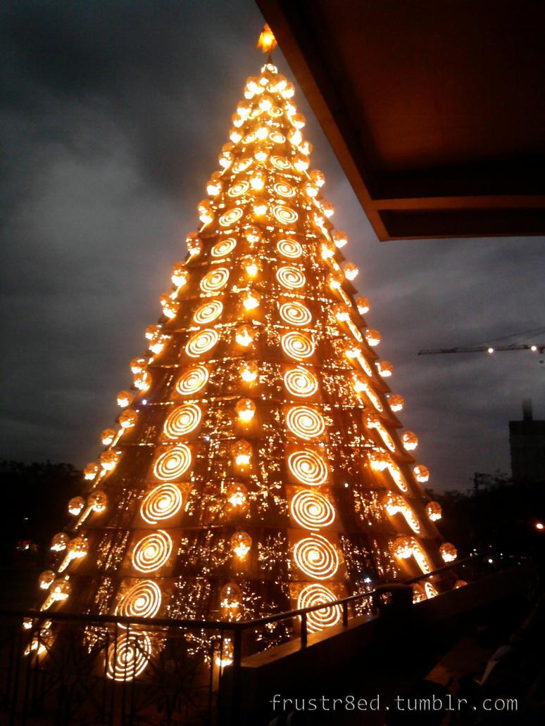 Ust giant christmas tree by ooooo jamie on deviantart