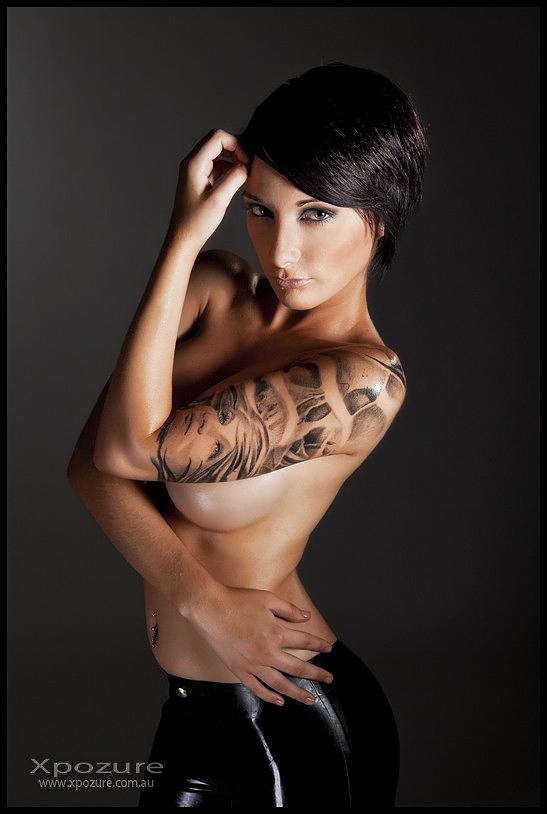 Latexxx by modelbeeny