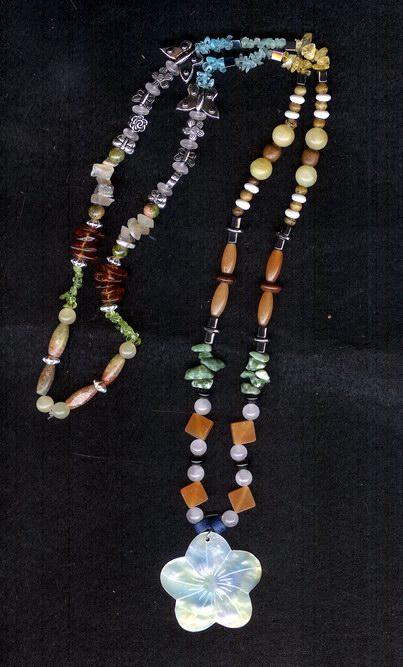 Flower Necklace by shetakaey