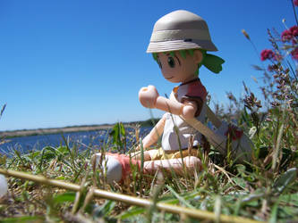 Yotsuba caught a bug by urbanotaku