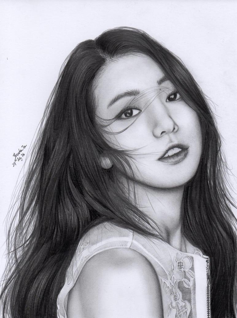 Park Shin Hye by BrendanPark