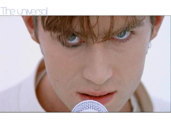 Damon Albarn Wallpaper no.19 by Groteskiprincessa