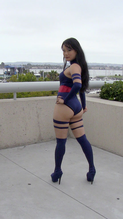Psylocke Cosplay - SDCC 2010 by lenity