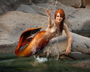 Mermaid Gezzilyn - Come Get Wet! by sirenabonita