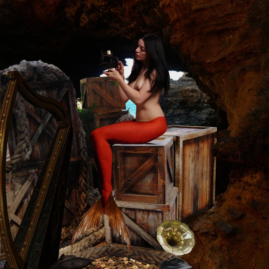 Mermaid Helen finds a turnerarounder by sirenabonita