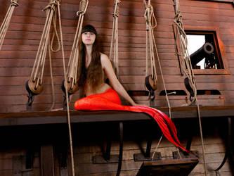 Mermaid Siraendra ~ Reigns Supreme by sirenabonita