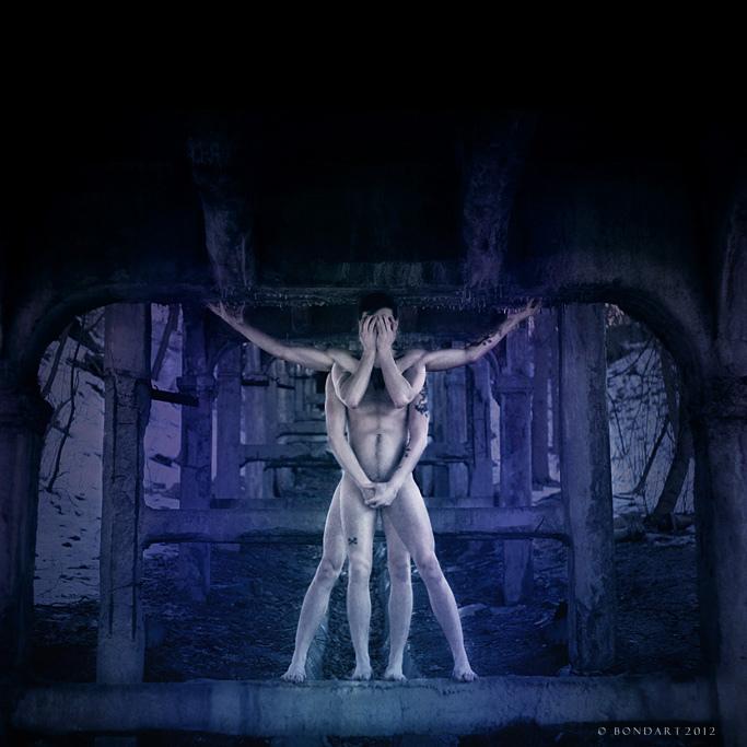 The Almost Vitruvian Man by B0NDART