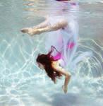 The underwater girl who had no bones