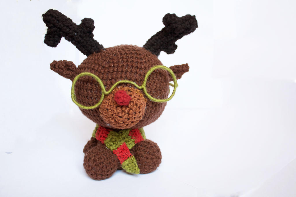 Ruldolph the Red-Nosed Reindeer... with glasses! by stickfigures123