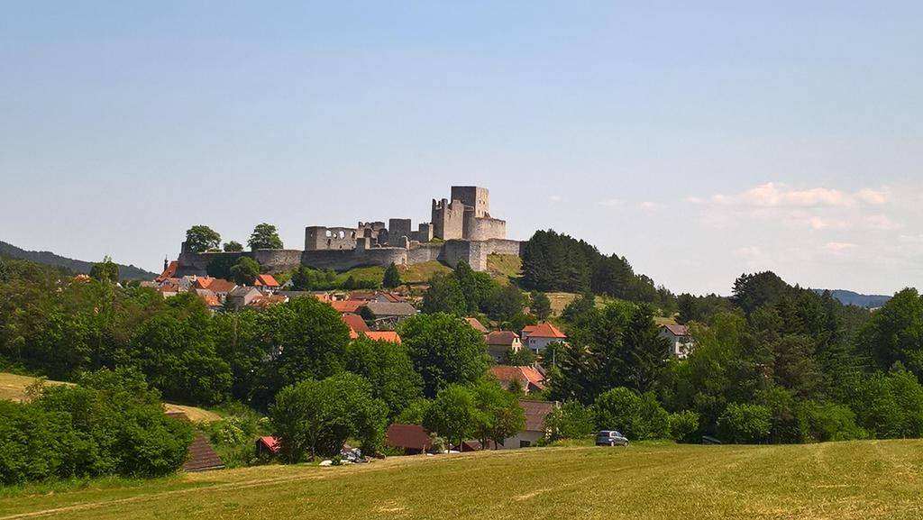 Castle Rabi by Salmicka
