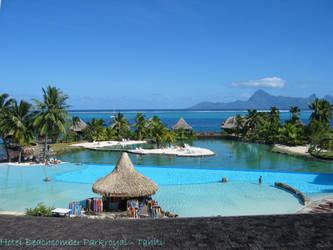 Beachcomber_Tahiti by Leilo