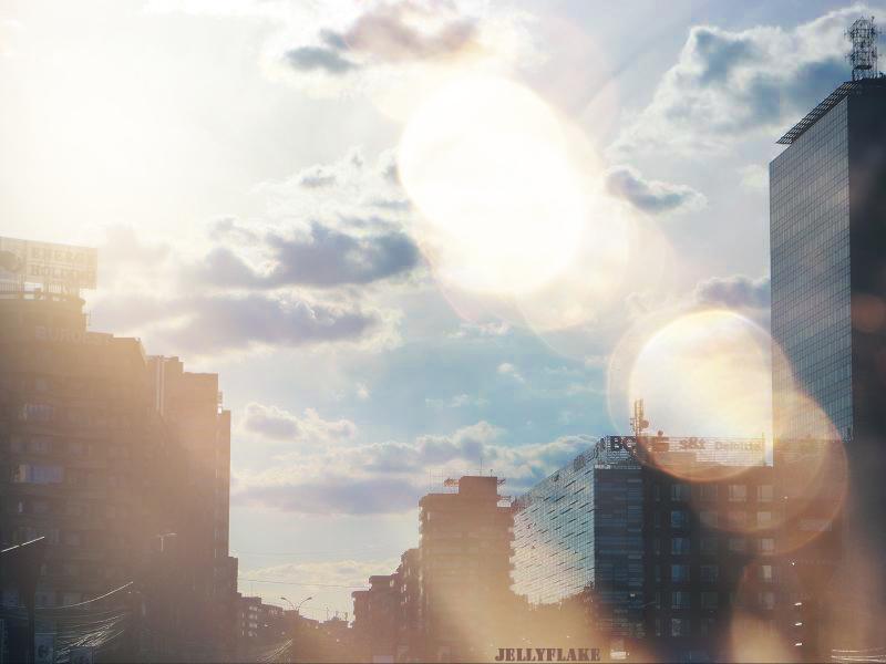 Light up the sky by Jellyflake