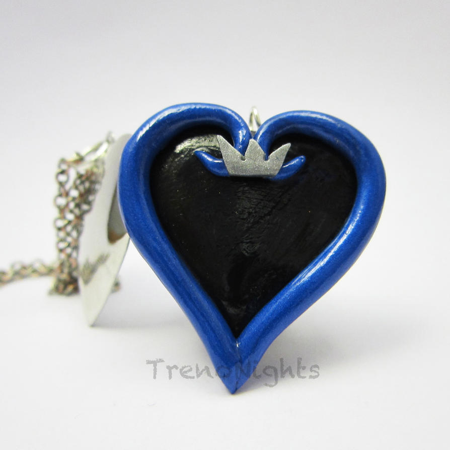 Kingdom Hearts locket by TrenoNights