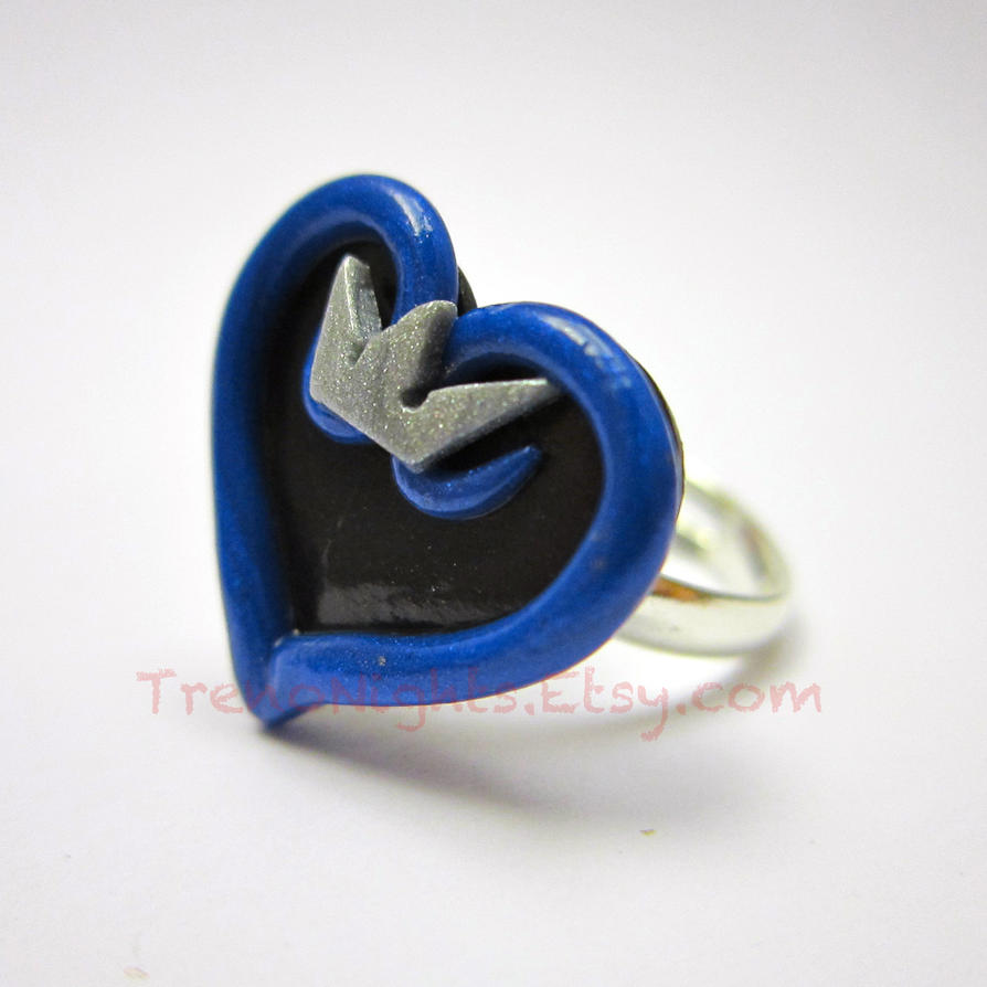 Kingdom Hearts inspired ring by TrenoNights