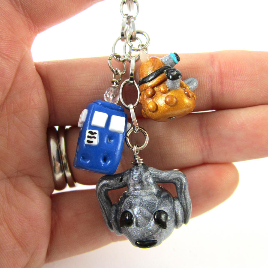 Doctor Who keychain by TrenoNights