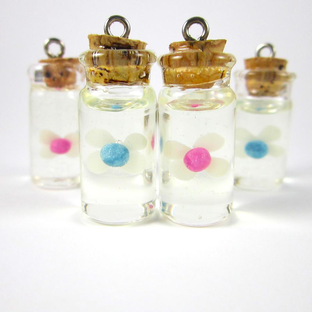 Water Bottle Zelda: Legend Of Zelda Blue And Pink Fairy In A Bottle By