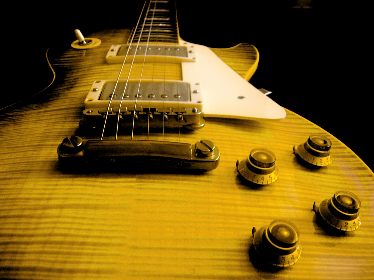 https://img00.deviantart.net/0116/i/2010/259/b/0/gibson_les_paul_yellow_i_by_vianto-d2yvs0z.jpg