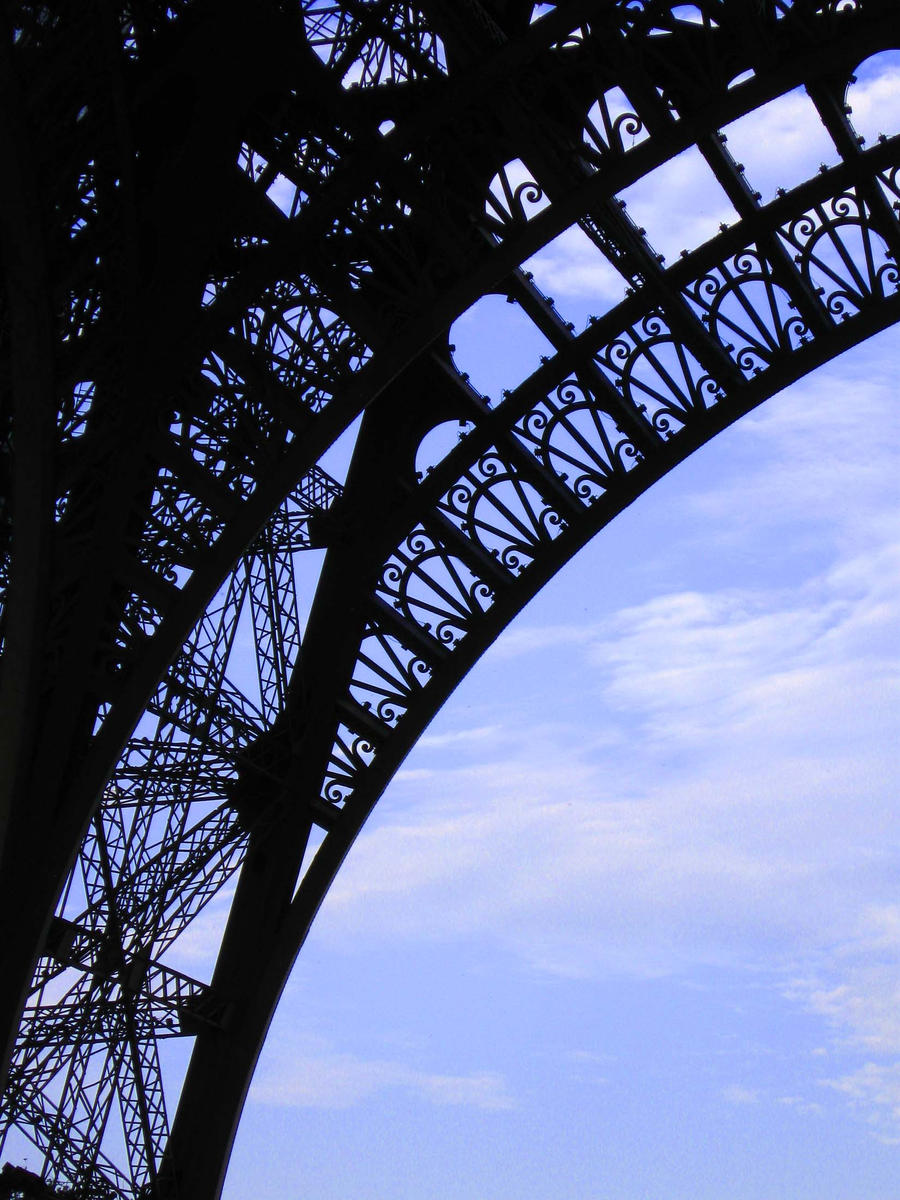 Eiffel tower by altriar