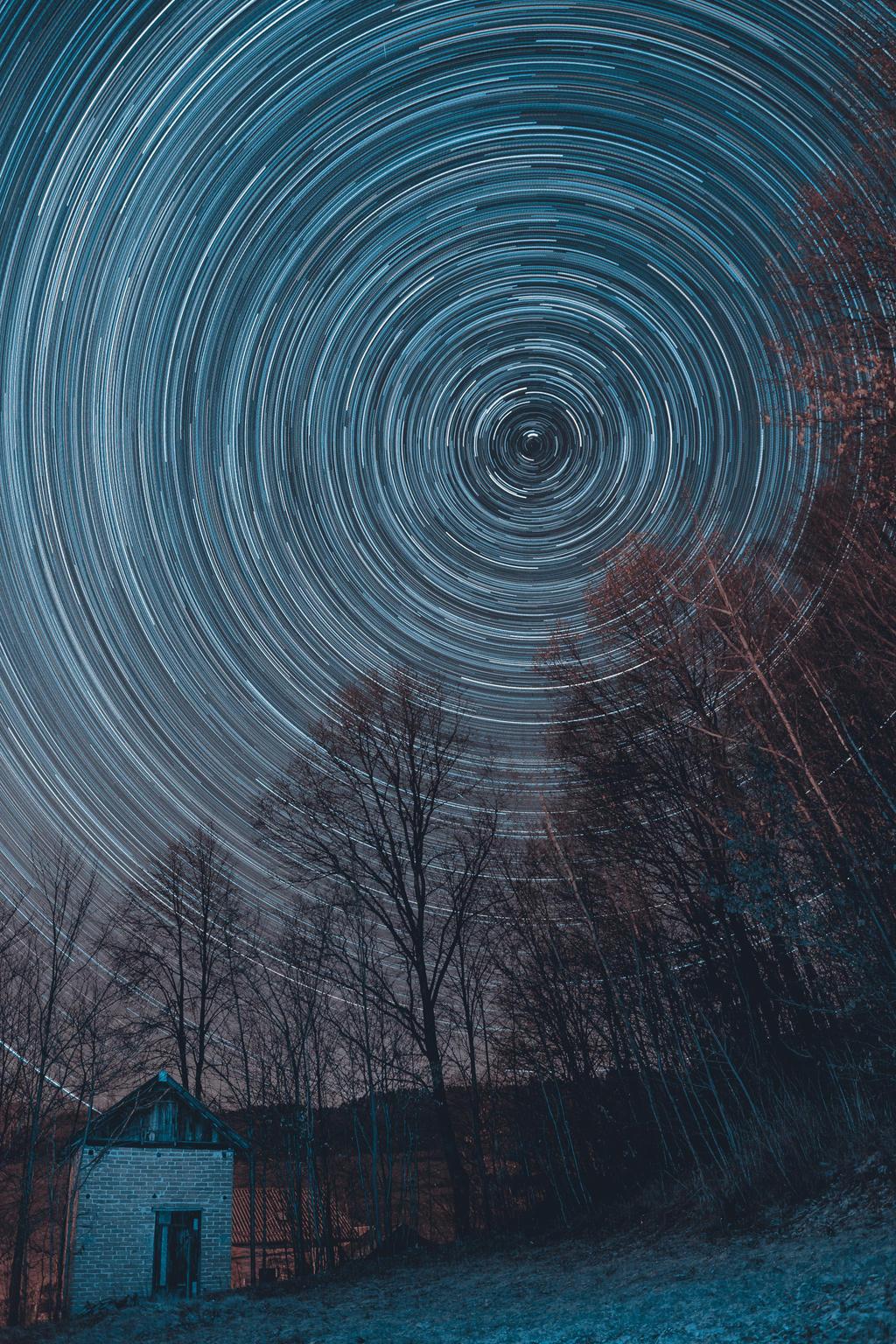 Hut under the stars by Boxxbeidl
