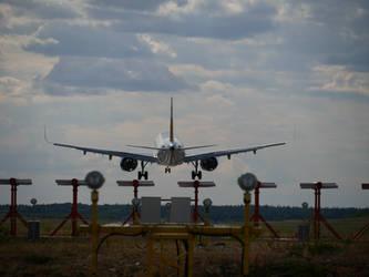 Airplane 7 - Arlanda Trip 5 2018 by Stoy