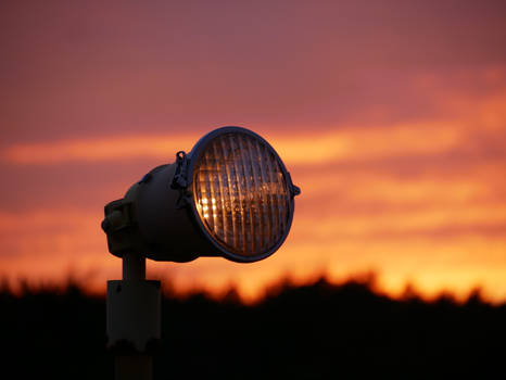 Landing light at night 1 - Arlanda Trip 6 2018