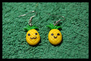 Funny Fimo Pineapples Earrings by inu-chan-free