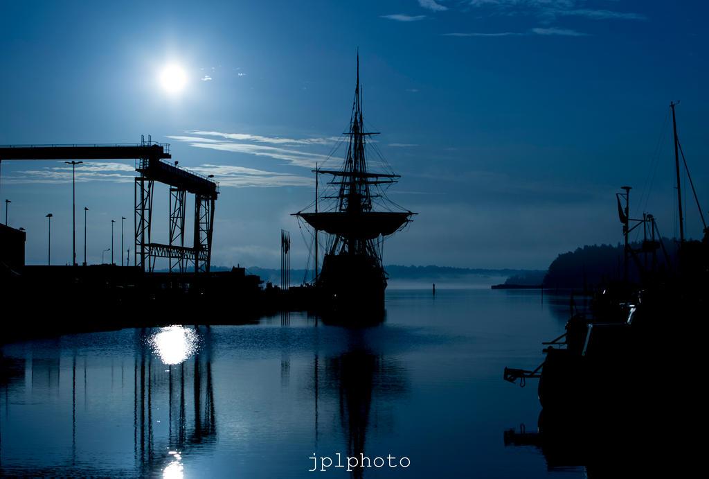 Norrtalje Harbour by MrNegativ