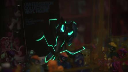 Black light DJ Pon3 glowing.