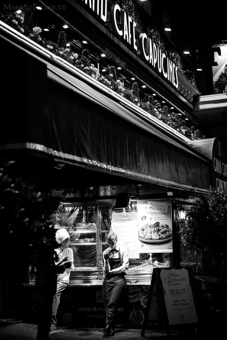 Paris. by MariuszSilence
