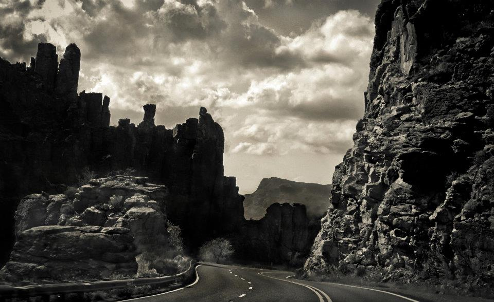 Superior Cliffs by thegirlcalledratha