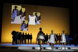 Treviso Fashion Show 08 by SchneiderArt