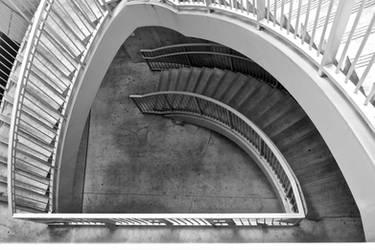 Staircase by SaitouuRyuuji