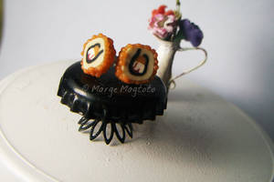 California Maki Earrings by margemagtoto