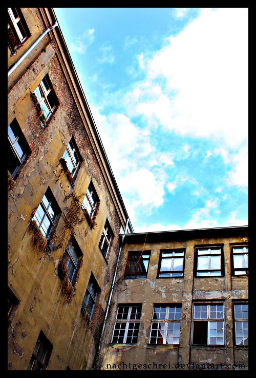 Push your head towards the air by nachtgeschrei