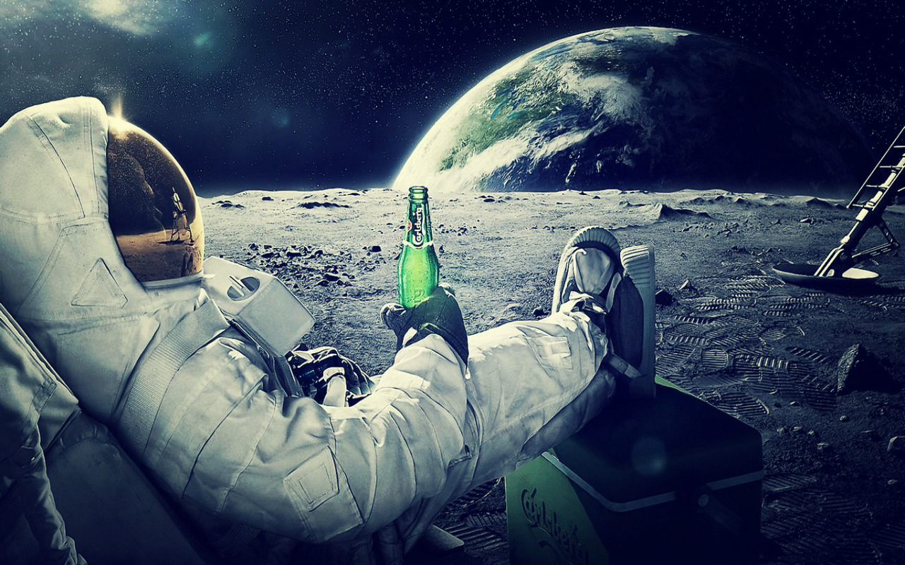 Astronot Earth Beer Carlsberg Wallpaper by SottoPK