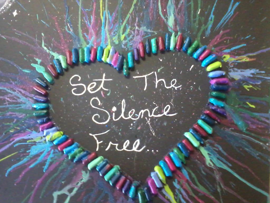 how to make crayon art love heart