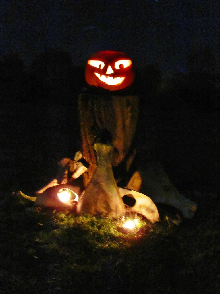 Western Samhain Altar by Okarnillart