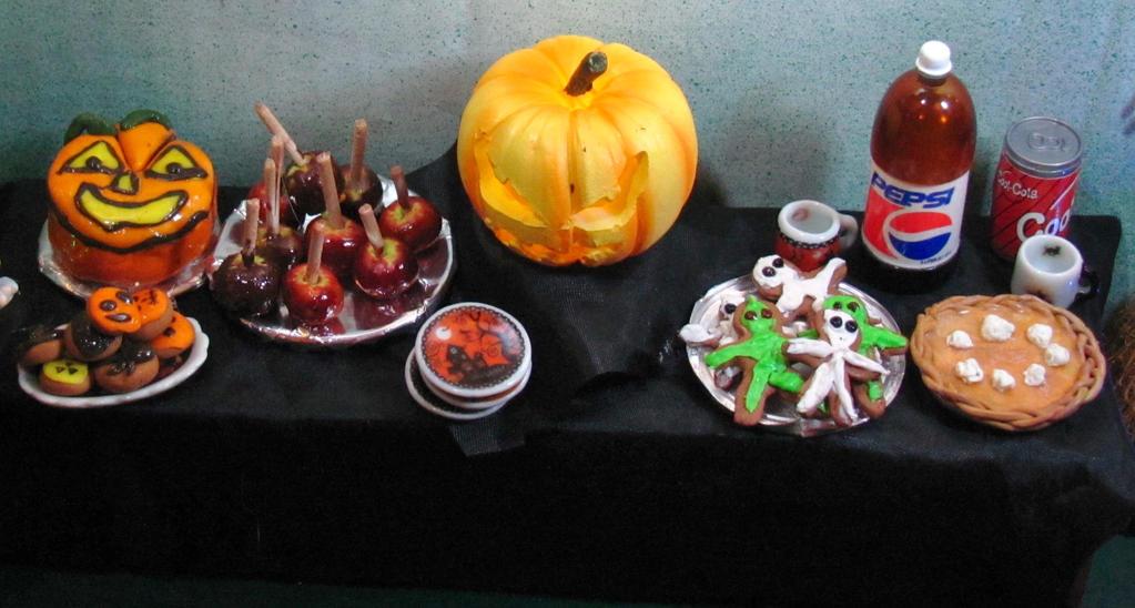 Halloween Party Food by Okarnillart