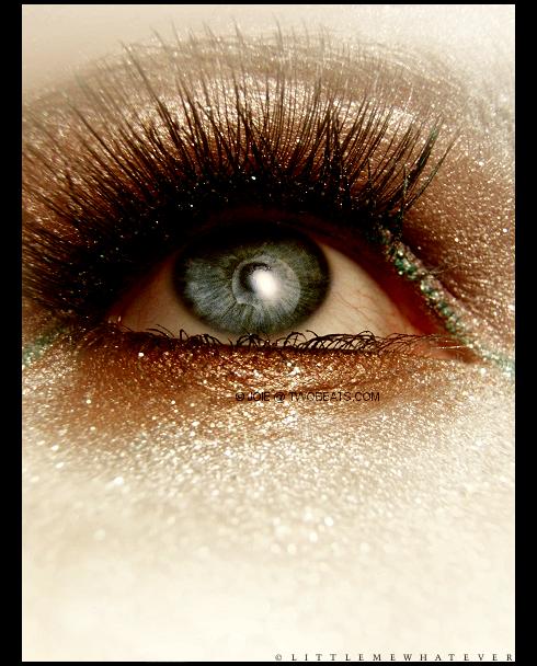 Neka oči govore - Page 6 Glitter_Light_by_littlemewhatever